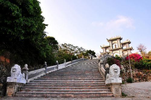 Chua-Linh-Ung-Son-Tra-2-8011-1421806657