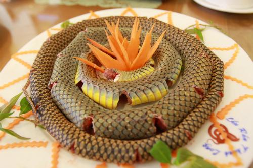 Snake saigon