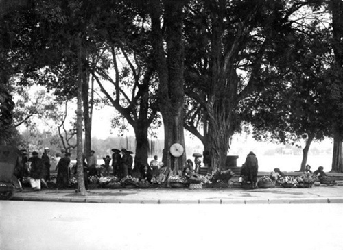 The Old Hanoi Tet 8