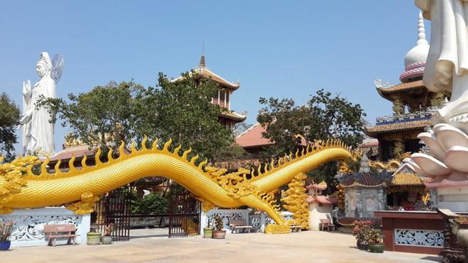 Chua-Vietnam-Nui-Chau-Thoi