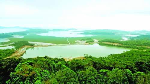 Bai Tu Long Bay 2