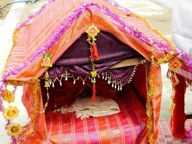 Kut Entrance Ceremony of Brahmin the Cham people 10