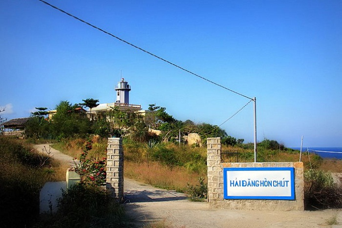 binh hung island 12