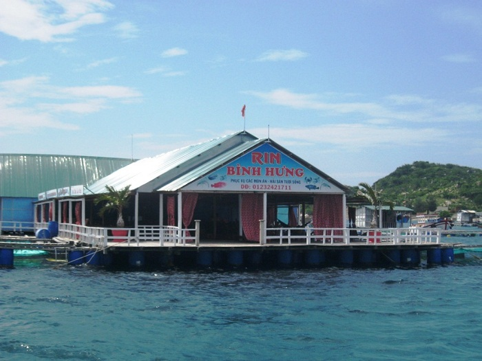 binh hung island 21