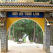 Coming to the Pagoda for the Spring in Dalat