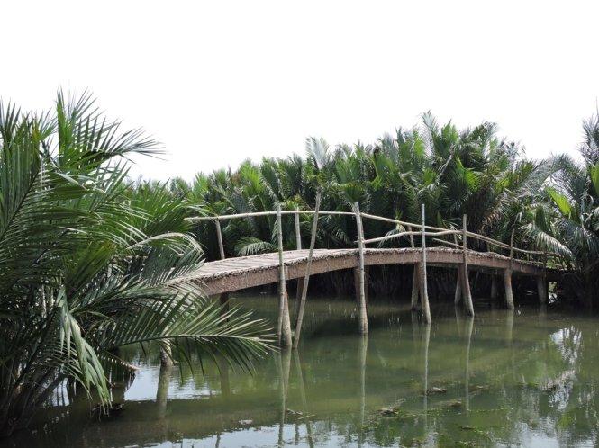 tra nhieu village 2