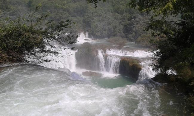 Ban Gioc Waterfall 10