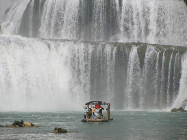 Ban Gioc Waterfall 8