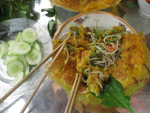 Vietnamese pancake and legume